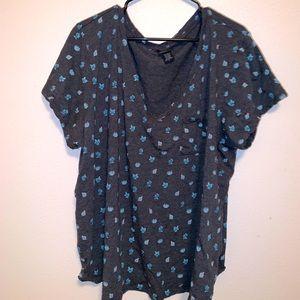 Torrid t-shirt size 5